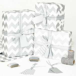 Vánoční balící papír - stříbrnobílý